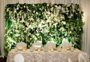 Design-Floral-Green-Wall-Vertical-Garden-Wedding-Deco