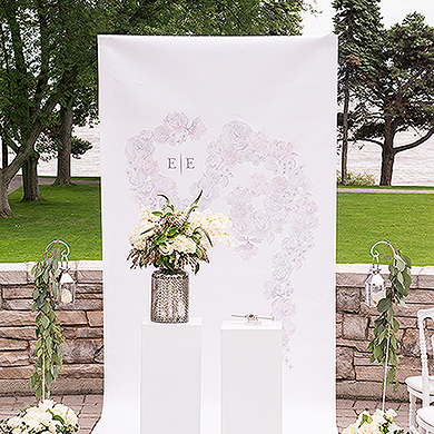Real-Brides-Wedding-Essentials_floral-dreams-personalized-canvas-photo-backdrop